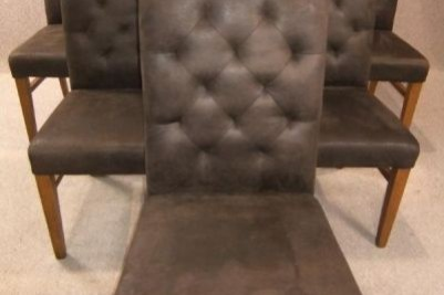 chesterfield style chair