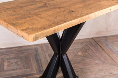 pedestal poseur table with large pine top