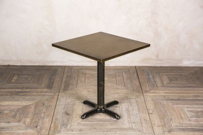 metal pedestal table