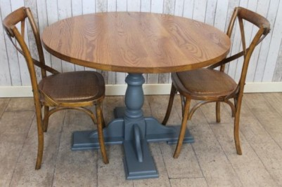 pedestal cafe table with oak top