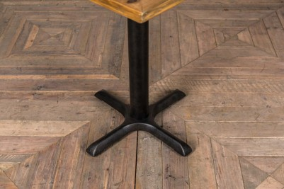 pronged pedestal table