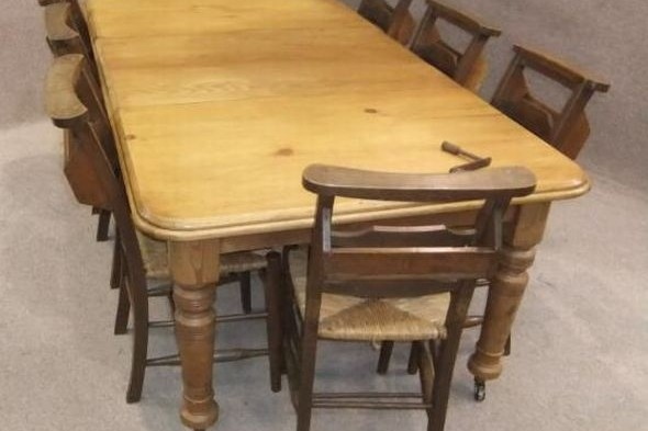 Extending Victorian Table in Pine