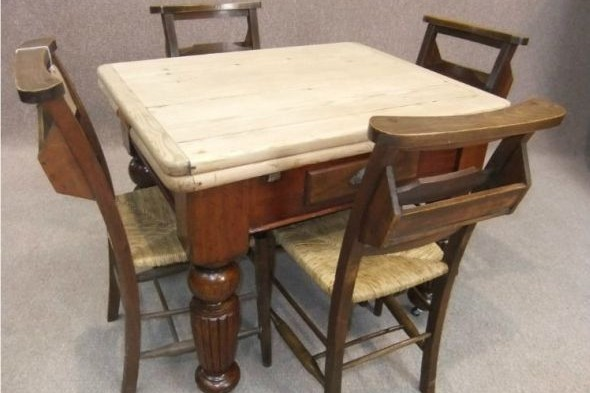 Victorian Pine Extending Table with 4 Chapel Chairs