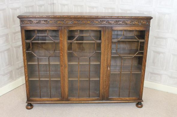 Solid Oak Glazed Three Door Cabinet