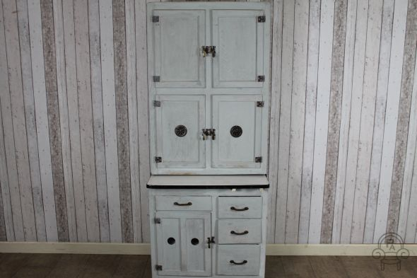 painted kitchen cupboard001