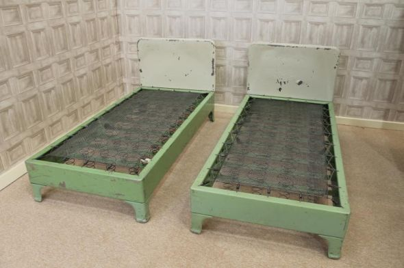 VINTAGE BEDS PAIR OF RETRO ALUMINIUM SINGLE HOSPITAL