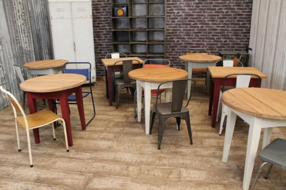 pine restaurant tables