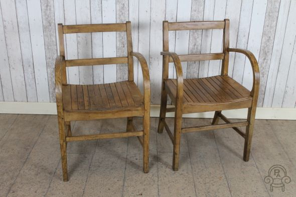wooden chairs001.jpg