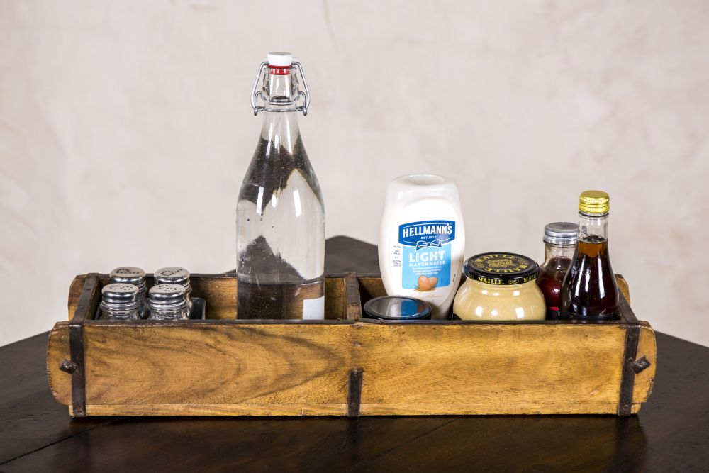 wooden condiment caddy